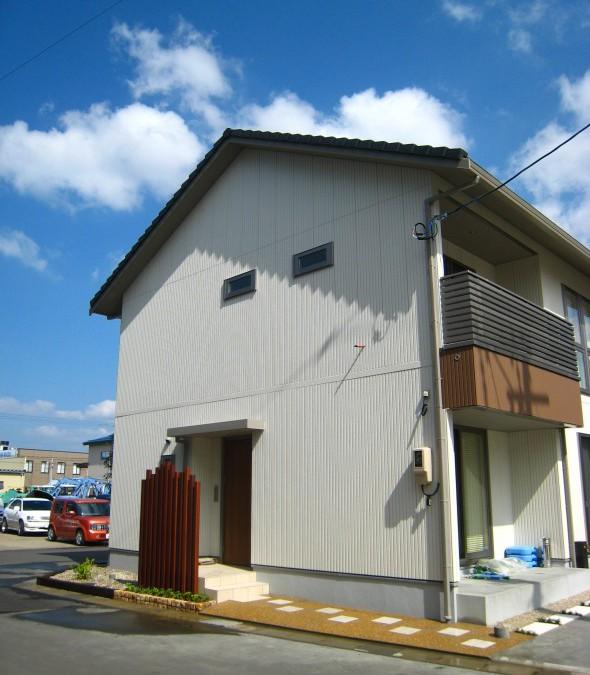 シンプルハウスに合う外構/福井市O様邸