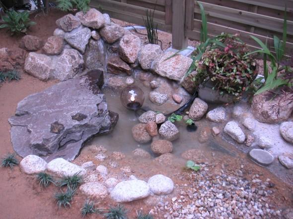 狭くてもウッドデッキと池がほしい/福井市S様邸