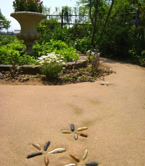 大好きな植物に囲まれたロマンティックガーデン/越前町N様邸