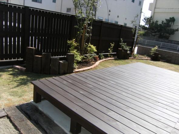 エゴノキが優しくそよぐお出迎えの庭/福井市T様邸