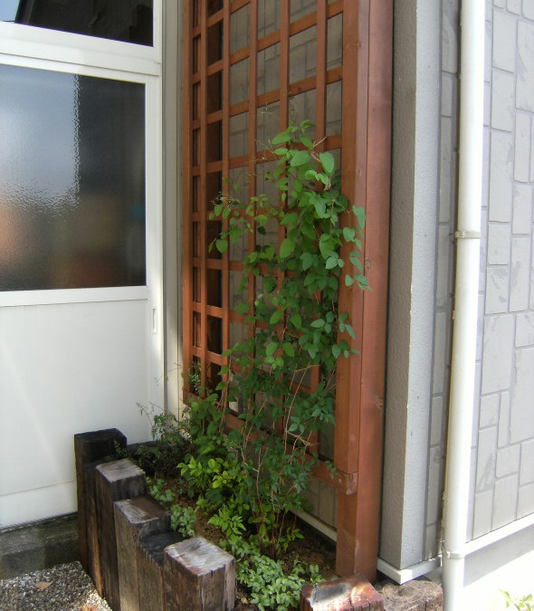 枕木でつくる菜園&花壇/越前町N様邸