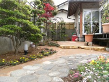 草の生えない庭づくり/Y様邸