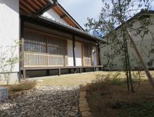 縁側から広がる芝の庭/坂井市A様邸