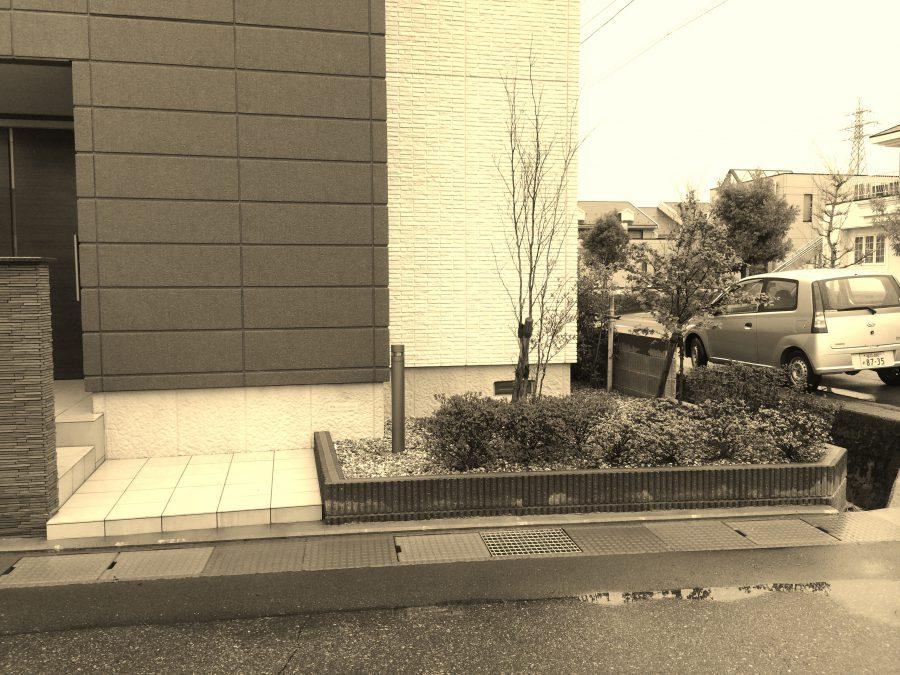 シックな色合いの乱貼りスペース 福井市S様邸