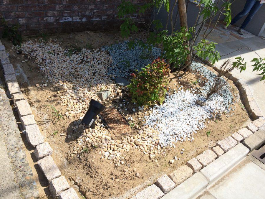 花壇の植え込みリメイク