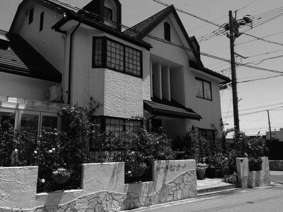 バラを愛でる家 福井市S様邸