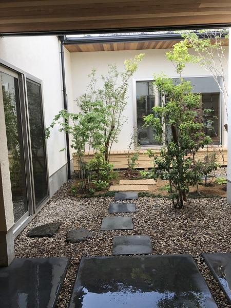 平屋の中庭 福井市K様邸